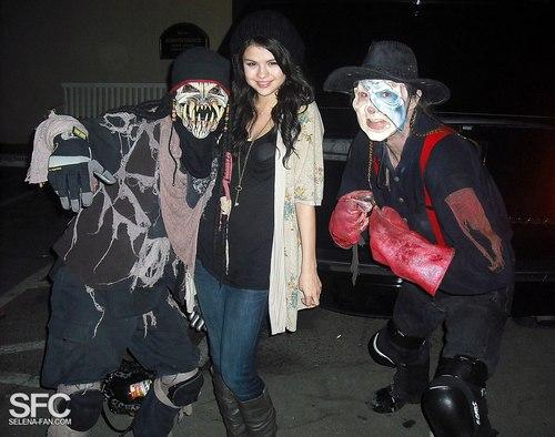 Knott's Berry Farm annual Halloween Haunt Event