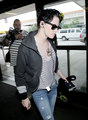 Kristen Stewart Jets Off - twilight-series photo