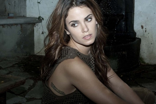 Nikki Reed Photoshoot (I'm not a big प्रशंसक of hers, but she looks awesome!)