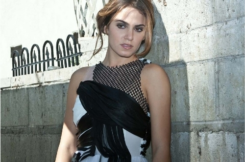 Nikki Reed Photoshoot (I'm not a big người hâm mộ of hers, but she looks awesome!)