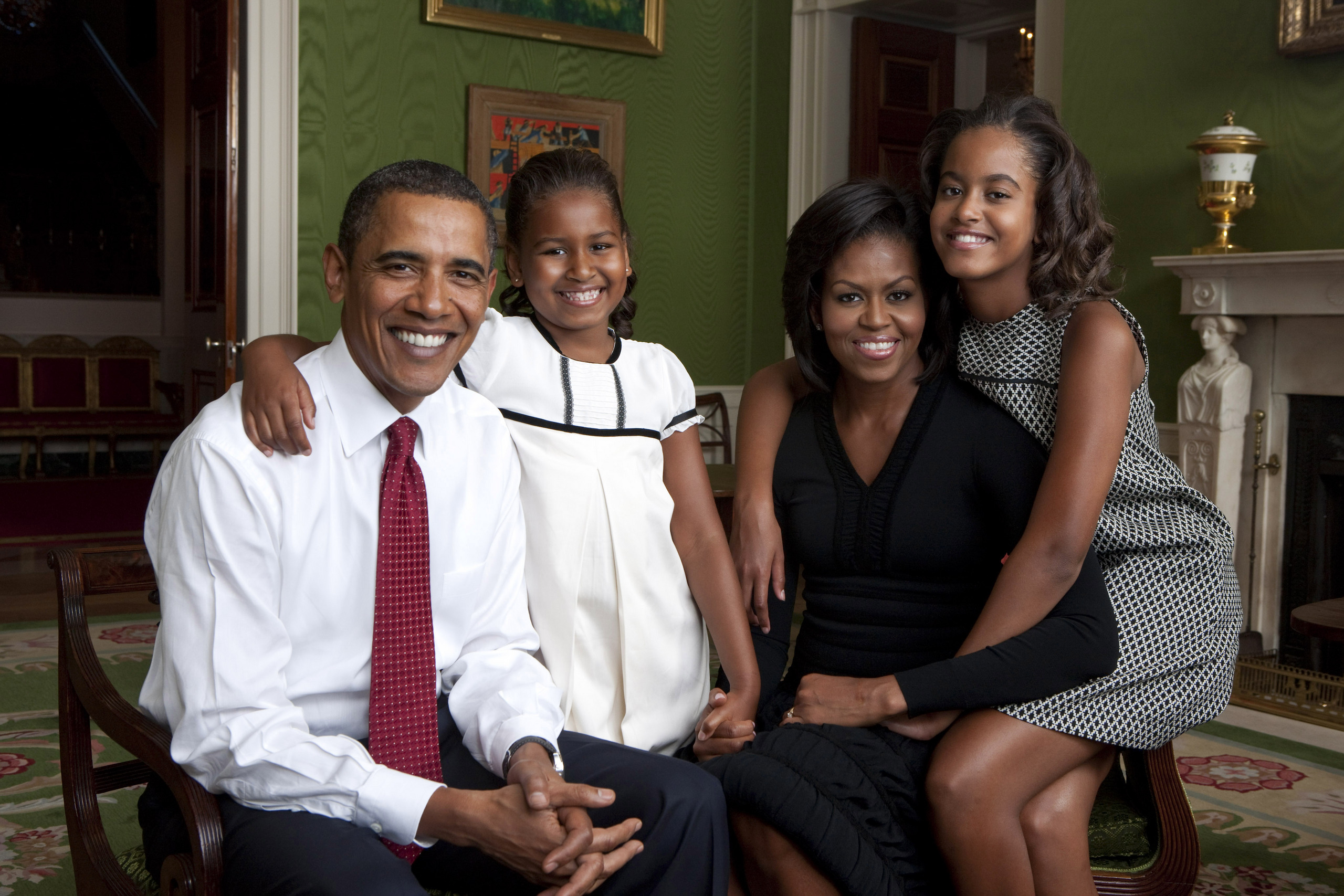 Barack obama official obama family portrait