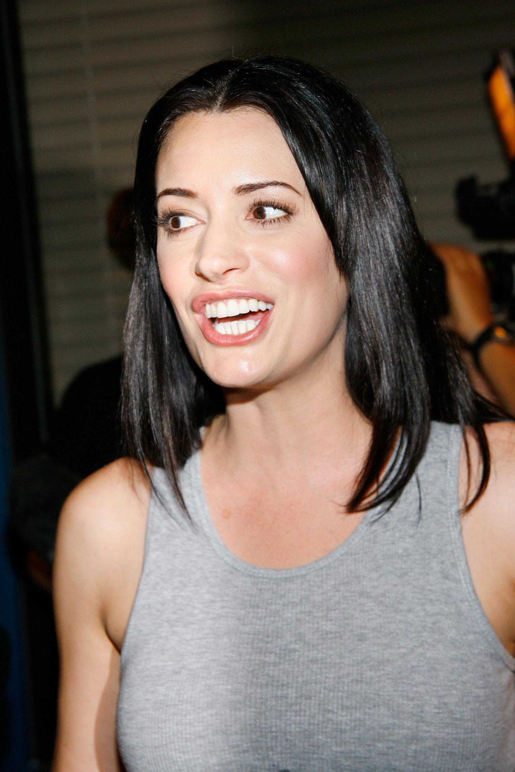 Paget Brewster Images Paget Brewster Celebrating 100th Episode Of Criminal Minds Hd Wallpaper