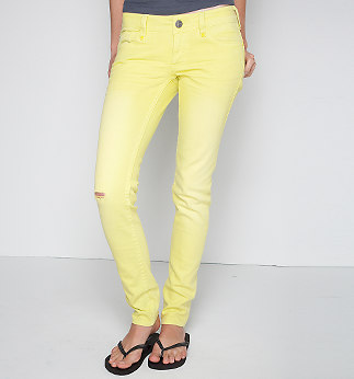 Teen Fashion wallpaper probably with long trousers, a legging, and bellbottom trousers entitled Roxy Melly Super Skinny Jeans