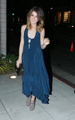 Shenae in Beverly Hills