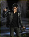 Taylor Lautner Break-out Performance Male - twilight-series photo