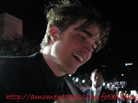 http://www.robsessedpattinson.com/2009/10/newold-pictures-of-robert-pattinson-at.html