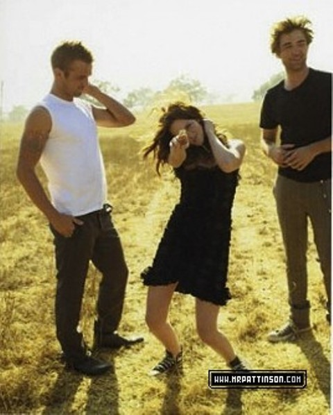 new ,old photoshoot - Robert Pattinson & Kristen Stewart 480x598