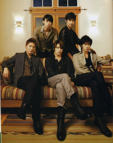 TVXQ!! 바탕화면 containing a well dressed person, a business suit, and a drawing room titled tvxq