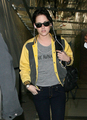 Kristen Leaving for Brazil - twilight-series photo