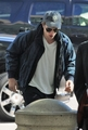 Watch out Japan Robert Pattinson is on his way 31/10/09 - twilight-series photo