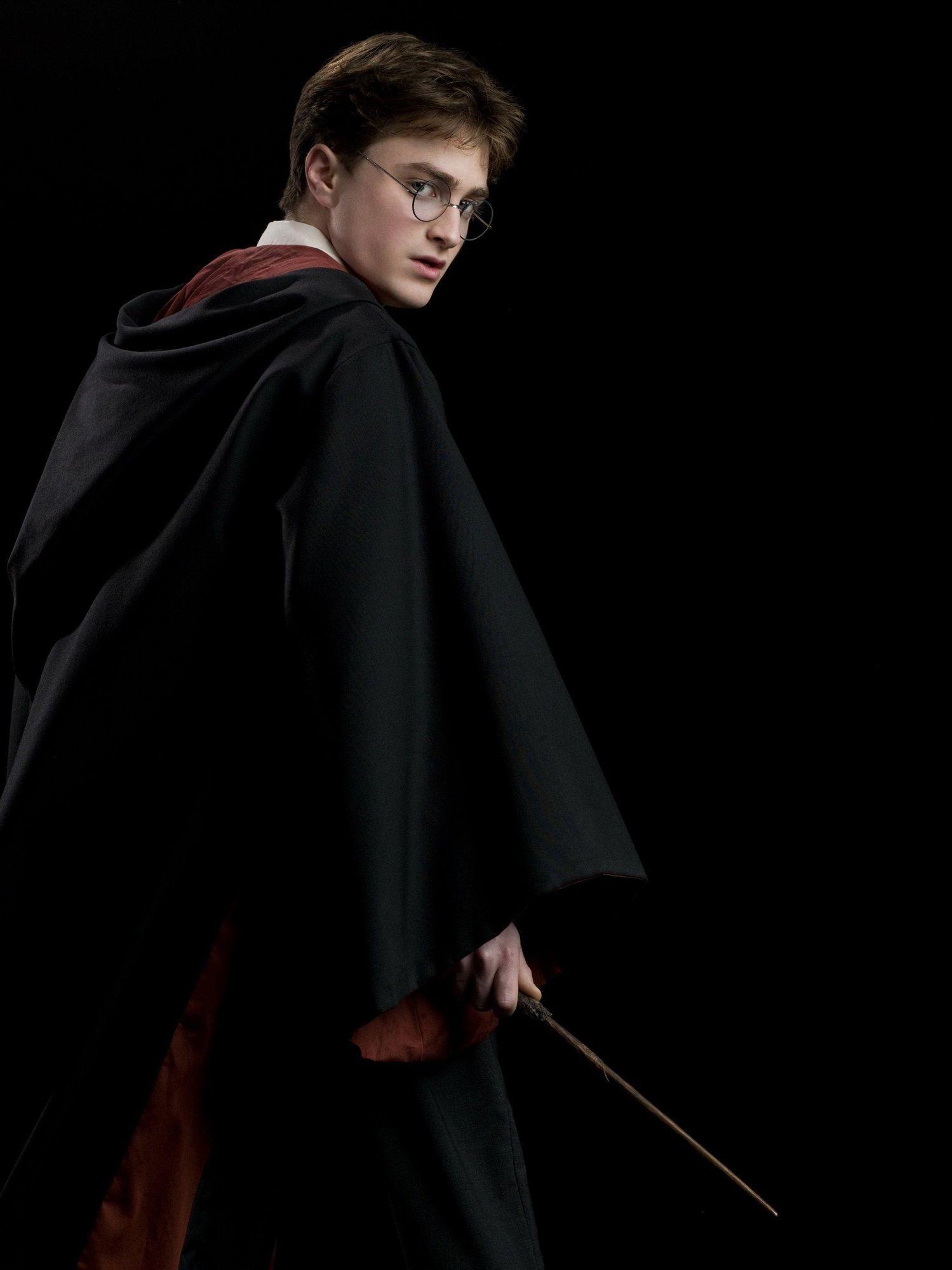2009 Harry Potter Half Blood Prince Promotional Shoot Photo on Pet Theme