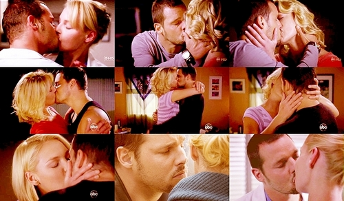 Alex and Izzie wallpaper probably with a portrait titled AI kisses <33