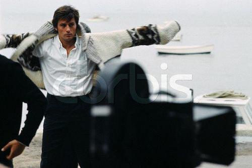 Alain Delon wallpaper probably with a cannon entitled Alain Delon