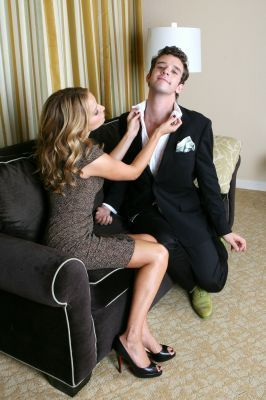 Becki Newton 바탕화면 with a business suit and a well dressed person entitled Becki Newton