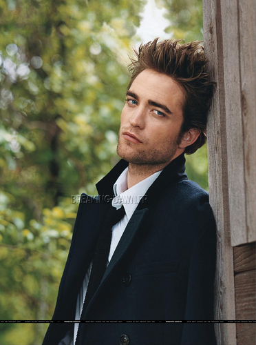 Better Quality Pics of Robert Pattinson in Vanity Fair