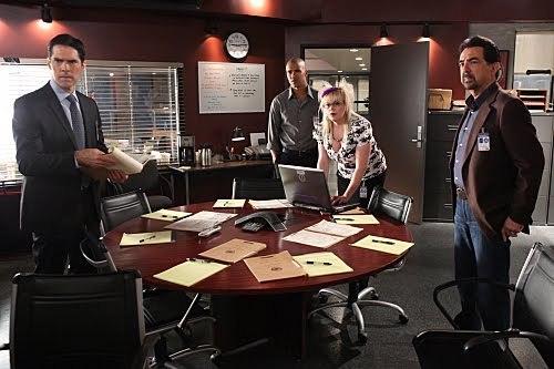 Criminal Minds 100th Episode - 5x09.