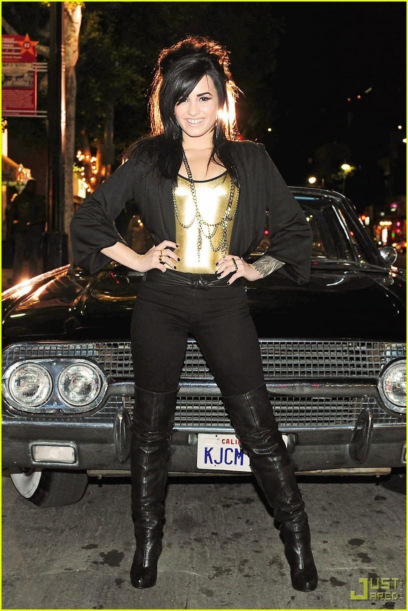 Demi Lovato - Picture Gallery