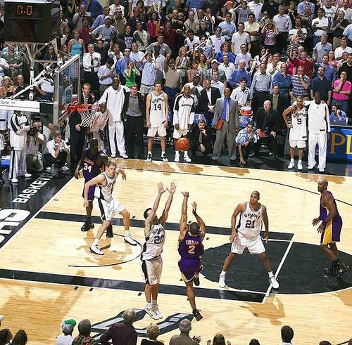 Los Angeles Lakers hình nền probably with a bóng rổ player, a dribbler, and a bóng chuyền entitled Derek Fisher's buzzer-beater vs. Spurs