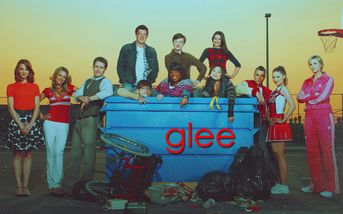 Glee Cast wolpeyper