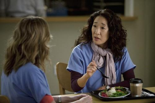 Анатомия страсти Обои containing an antipasto, a holiday dinner, and a ужин called Grey's Anatomy - Episode 6.09 - New History