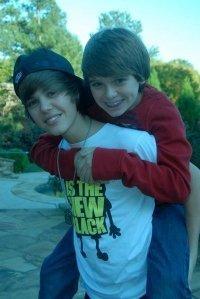 Justin && Christiannnnn <3 -  christian-beadles photo