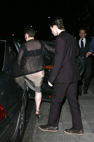 Leaving Scotts Resturant (08.06.09)