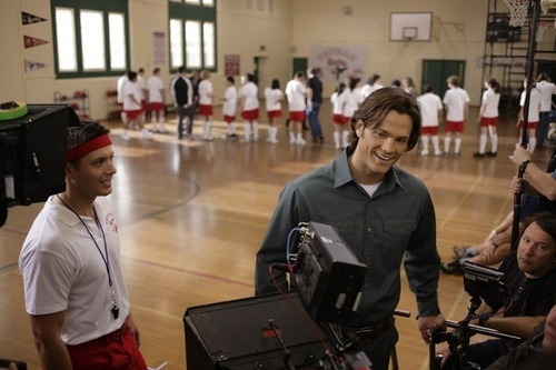 jared padalecki wallpaper entitled On set with Jared and Jensen