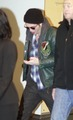 ROBERT PATTINSON & KRISTEN STEWART LEAVING VANCOUVER - 10/29/09  - twilight-series photo