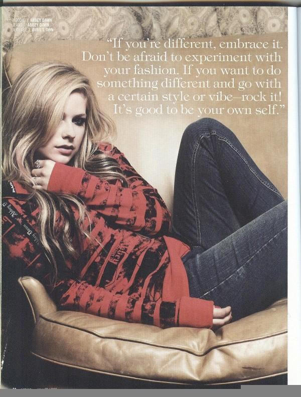 Savvy Magazine - Novembro 2009 - avril-lavigne photo