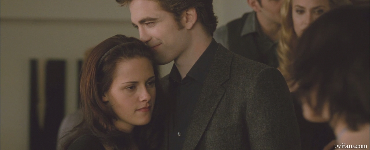 Screencaps of the Birthday Scene in HD