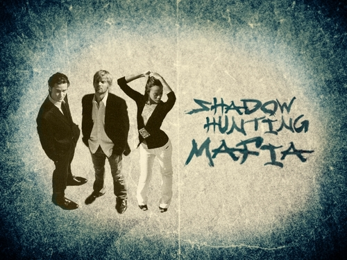 Shadow Hunting Mafia achtergrond