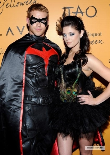 Veuve Clicquot's Yelloween At Tao & Lavo