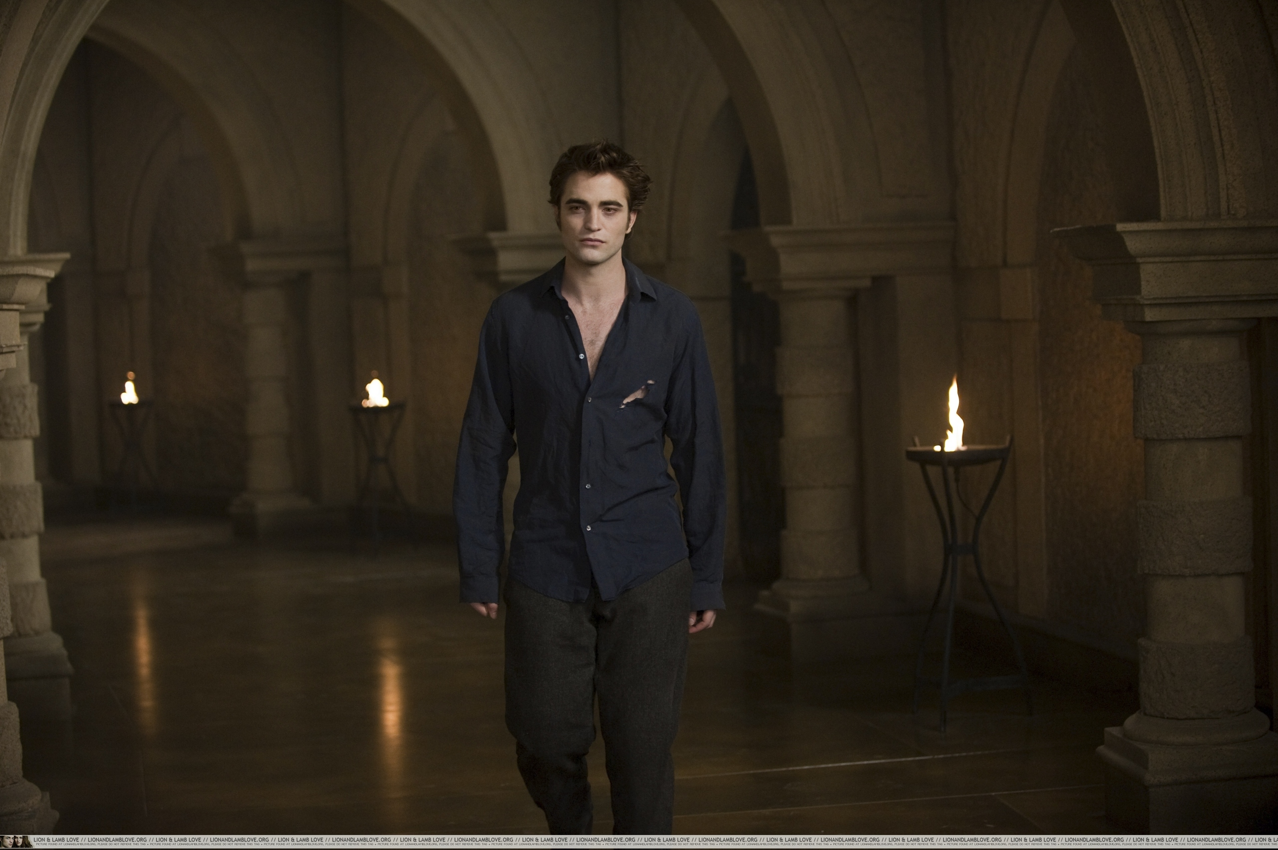 ALL New Moon new Stills