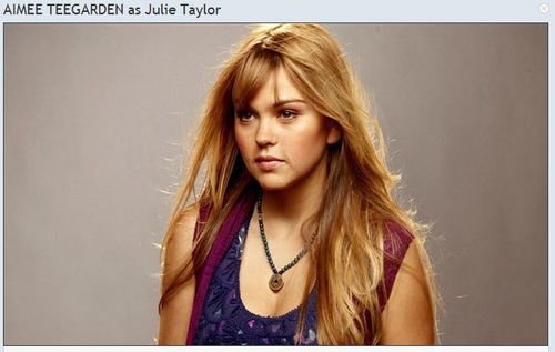 Friday Night Lights fond d'écran containing a portrait and attractiveness entitled Aimee Teegarden