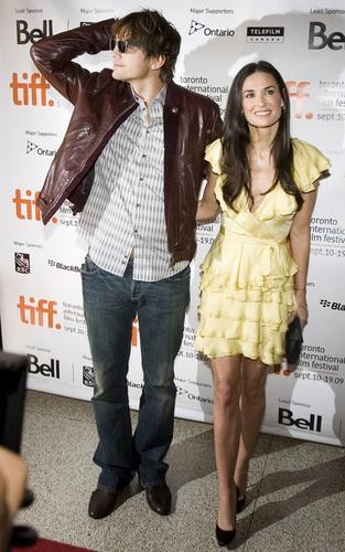 Ashton & Demi @ 2009 Toronto Film Festival