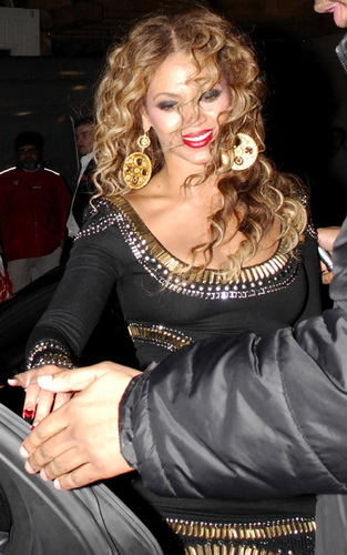 Beyonce at the 2009 EMA's and after party