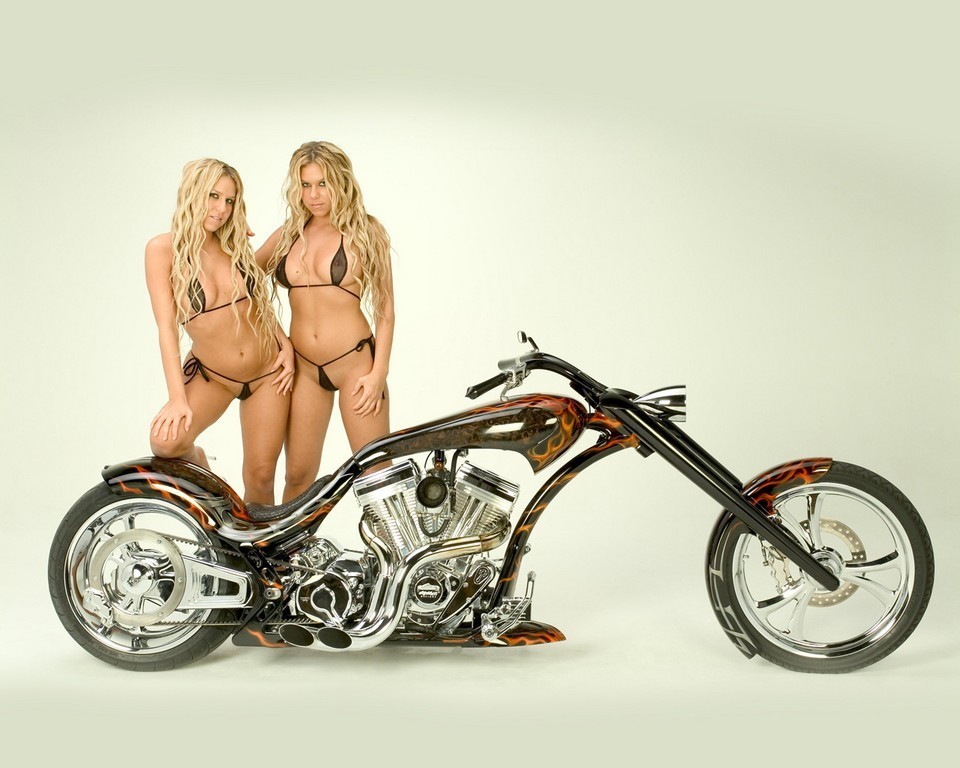 What Custom chopper motorcycles and girls amusing