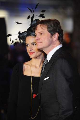 Colin Firth arriving at A Christmas Carol premiere in Londres