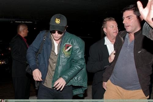 Departing LAX (11.08.09)
