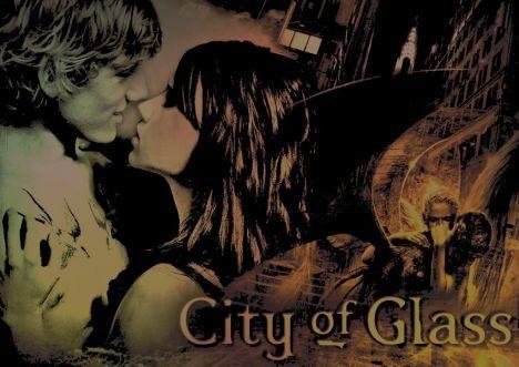 Emma Roberts / Clary Fray