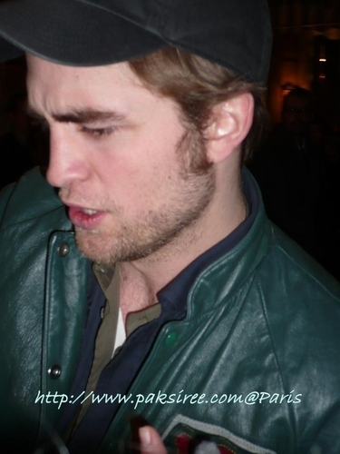 First Pics of Robert Pattinson from France