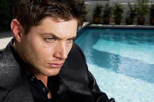 Jensen Acles;)