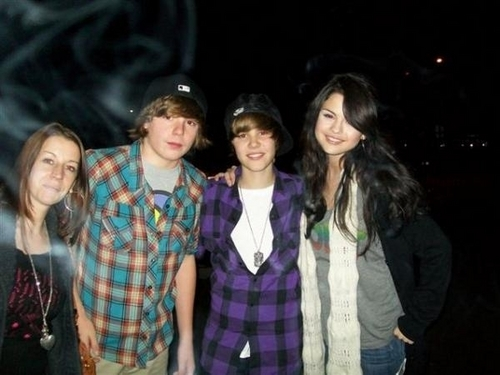Justin's Mom, Christian, Justin, and Selena Gomez