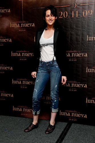 Kristen Stewart & Taylor Lautner in Mexico