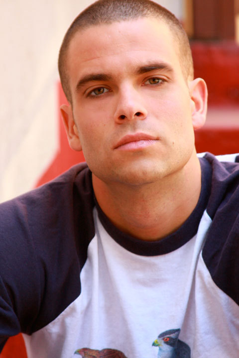 Glee actor who played Puck dead of apparent suicide