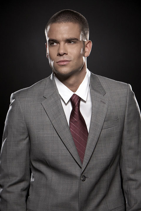 http://images2.fanpop.com/image/photos/8900000/Mark-Salling-Puck-mark-salling-8974068-480-720.jpg