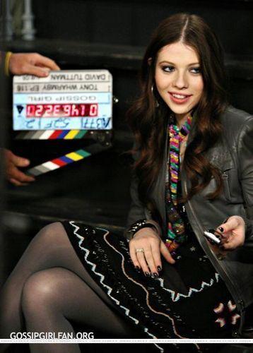 Michelle on GG set