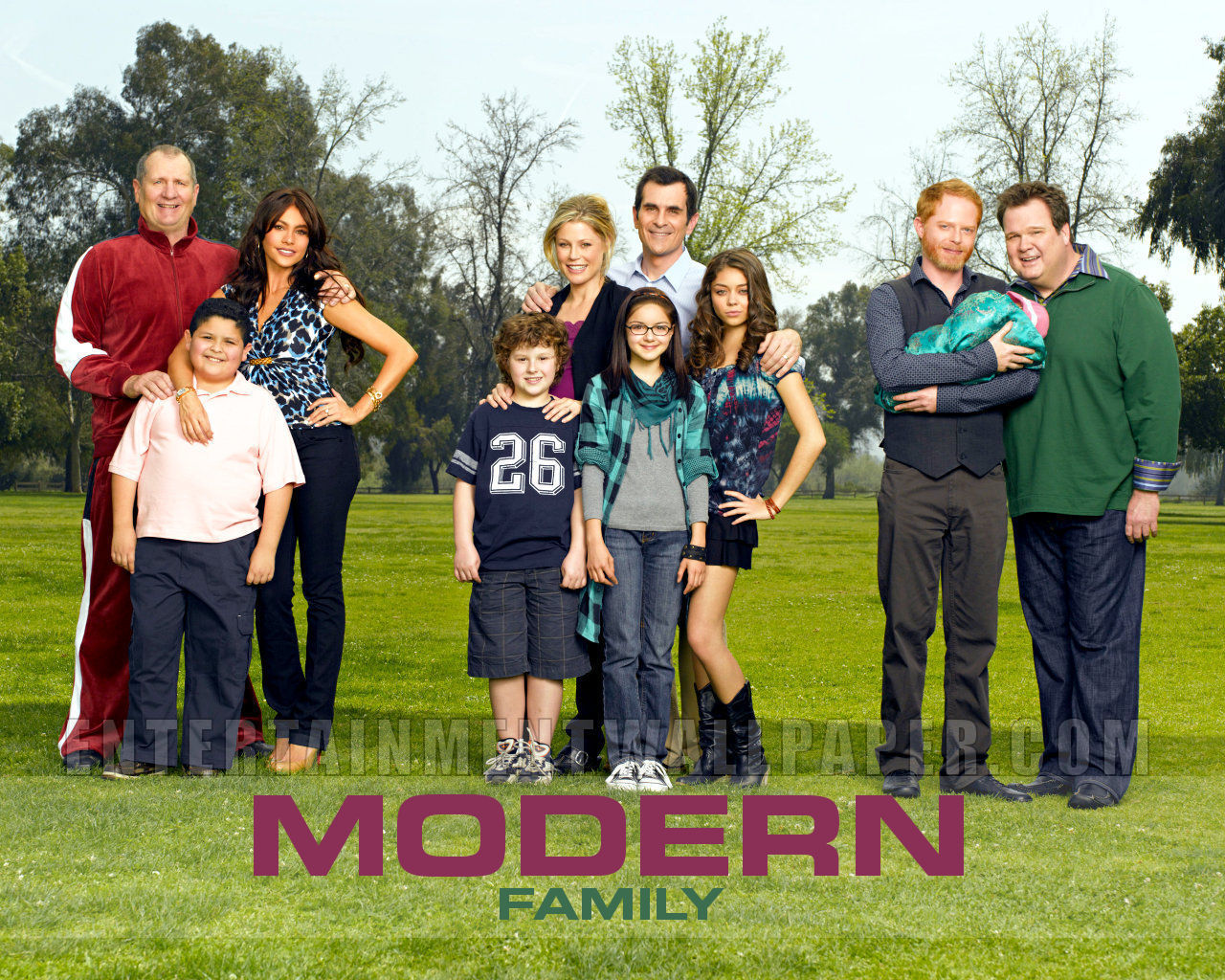 modern family wallpaper modern family wallpaper 8938506 fanpop