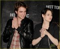 New Moon Takes Over Hollywood - twilight-series photo