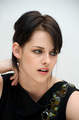 New pics with Kristen! - twilight-series photo